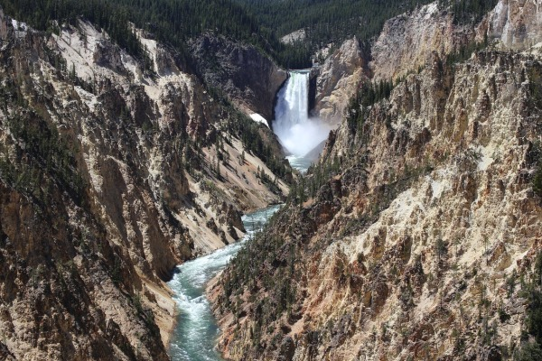 yellowstone-river-waterfall